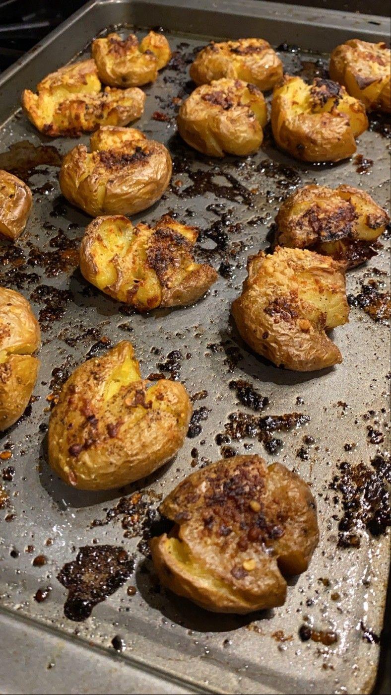Crispy smashed baked potatoes