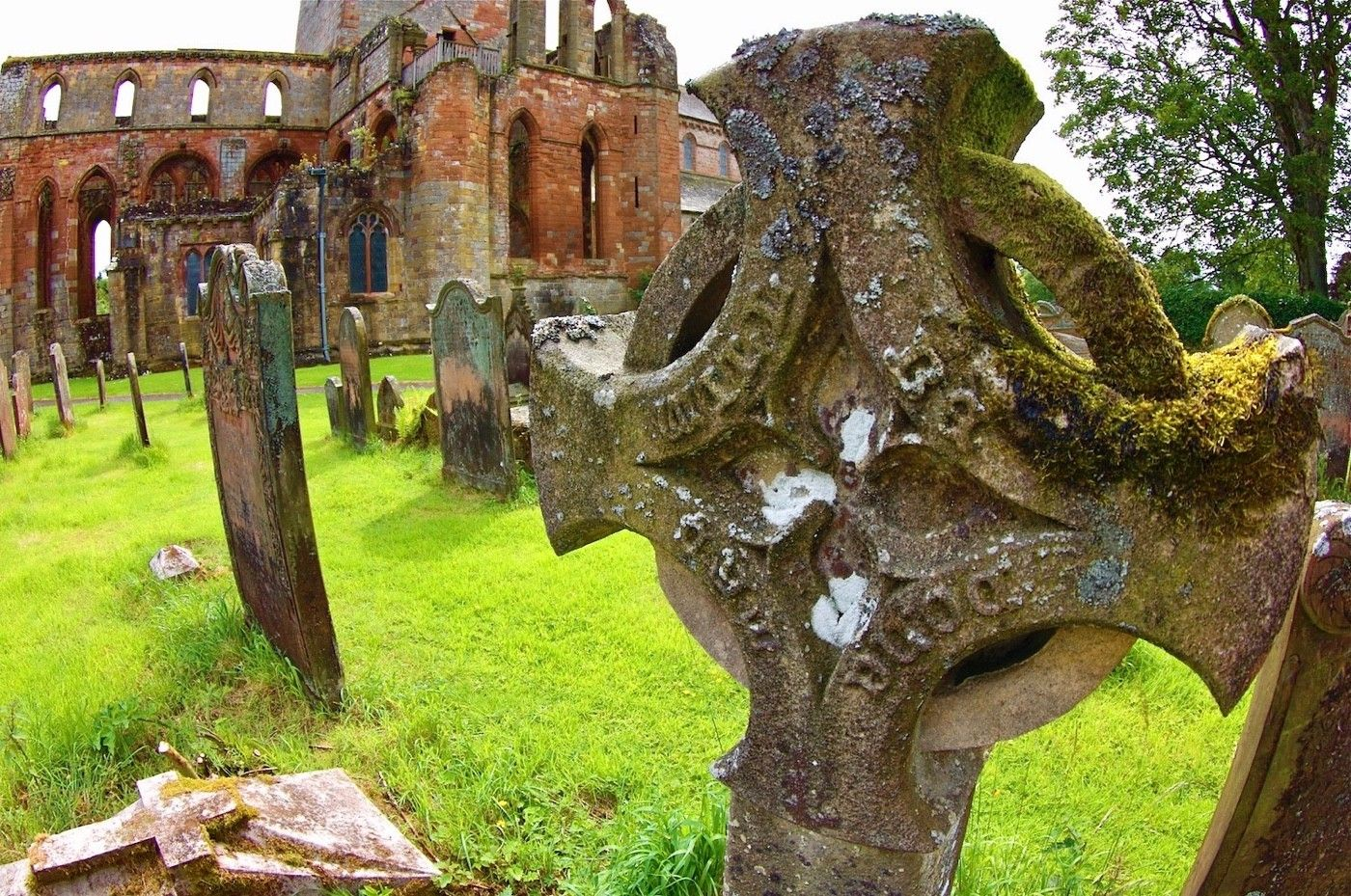 Cemetery at Lanercost zPriory.