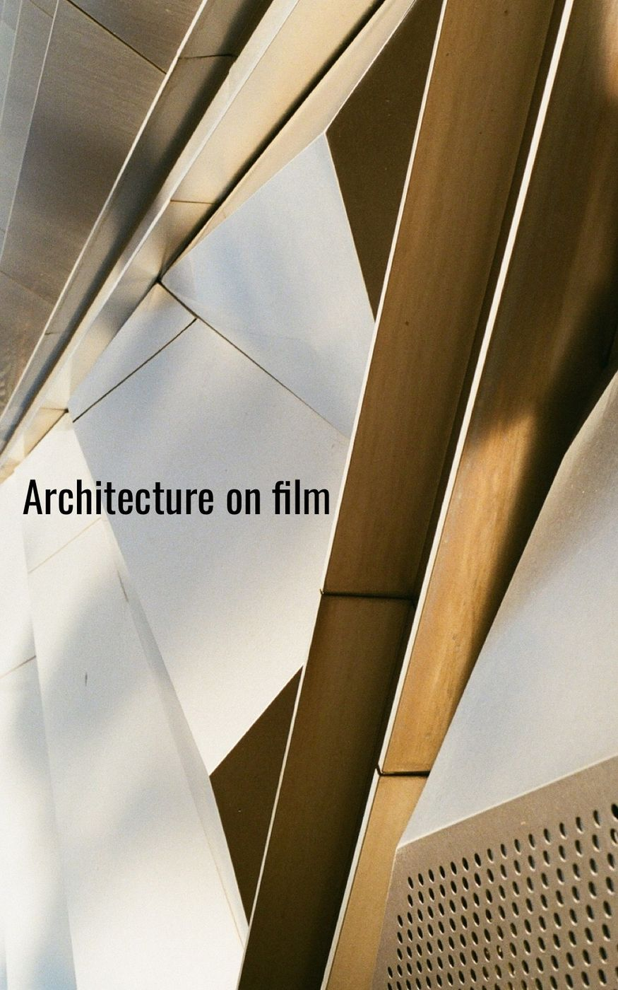 Film: Kodak UltraMax 400  Location: Eli and Edythe Broad Art Museum